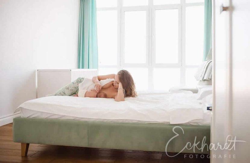 Een newbornshoot ontspannen in je eigen huis