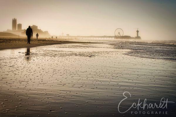 Winter op het strand van Scheveningen